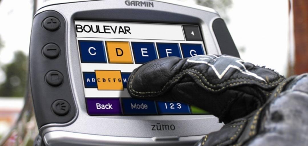 Manejar pantalla gps con guantes
